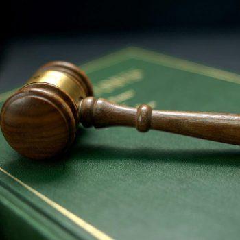 Adwokat przepisy prawne Ełk